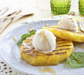 Grilled Pineapple with Vanilla Ice Cream and Rum Sauce
